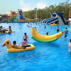 Water seesaw Banana seesaw water park infatable toy