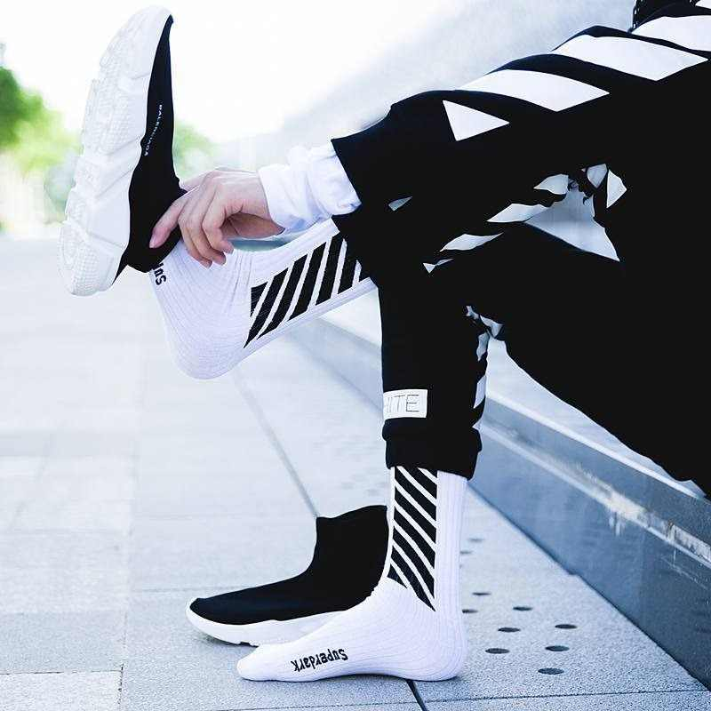 Streetwear 양말 남성 스트라이프 압축 남성 양말 화이트 블랙 해피 레터 크루 코튼 따뜻한 한국어 재미있는 참신 하라주쿠 캐주얼