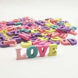 100 Uds alfabeto y números letras de madera decoración hogar regalo Multi-color fiesta artesanías hechas a mano DIY juguete educativo para niños
