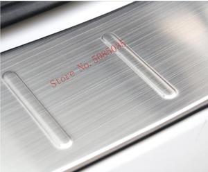 Image 4 - 2009 2016 amortecedor traseiro protetor tronco peitoril da porta guarnição de aço inoxidável cromo estilo do carro para audi q5 acessórios