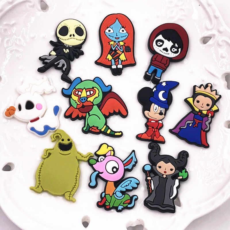 1PCS Nuovo Arrivo Del Fumetto Distintivo Halloween Icona PVC Morbido Spilla Per La Decorazione Su Vestiti Zaino di Modo Accessori Spille Regali