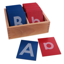 Di legno Carta di Carta Vetrata Alfabeti Montessori Lettera A-Z a-z Per Bambini Giocattoli di Apprendimento