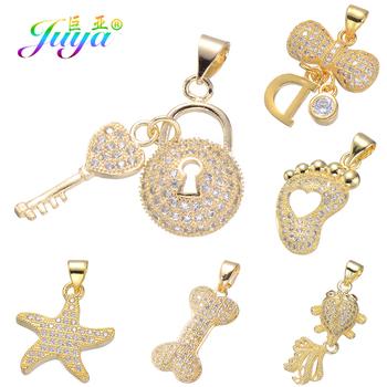 Juya DIY elementy biżuterii złoto różowe złoto błyszczy medalion serce klucz charms wisiorek akcesoria dla kobiet moda tworzenia biżuterii tanie i dobre opinie Kobiety Miedzi Locket Key Pendants Wszystko kompatybilny Mood Tracker slide TRENDY Cyrkonia Fashion Women Micro Pave Zircon Lock Key Shape Jewelry Pendant