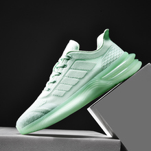 цена на Lightweight Running Shoes Men High Quality Green Fashion Sport Shoes Sneakers Men Breathable Jogging Training Shoes Athletic