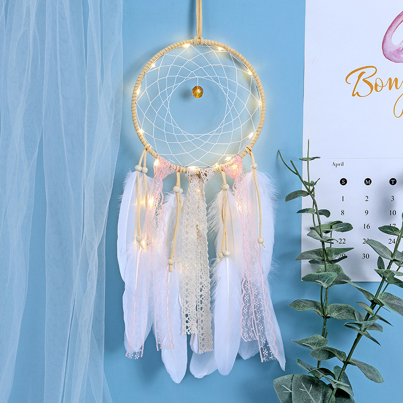 Handmade Girl Heart Dream Catcher Feather Pendant Home Decoration Wall Hanging Decorations Crafts Baby Room Decoration