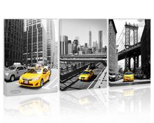 Black and White New York City Taxi Wall Art Decor Manhattan Bridge Canvas Painting Building Skyline Prints Pictures for Home