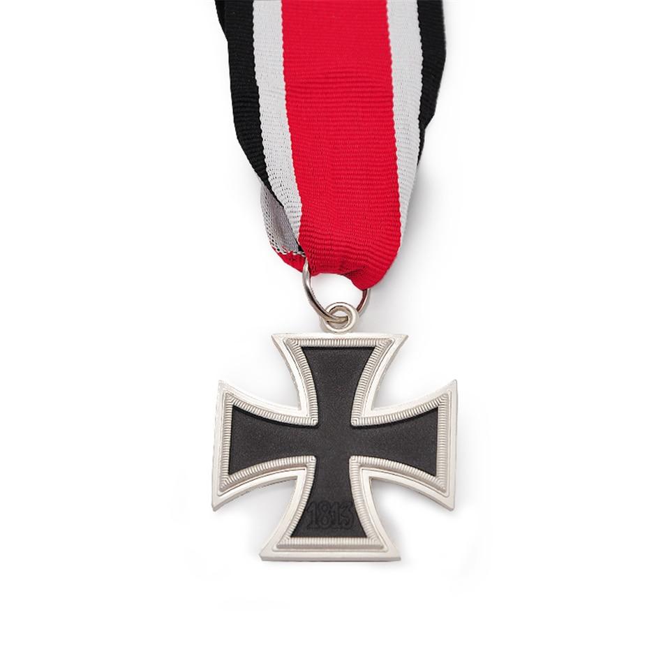 1813-1939 WWII German War Coin Medal Merrit Military Knights Iron Cross W/ Ribbon Copy