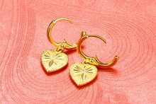 Gold-plated retro car flower heart-shaped earrings wedding jewelry fashion ladies gold-plated