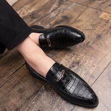 2020 Classic Shoes Men Formal Business Brogue Luxury Men's Dress Male Casual Party Wedding Tenis Loafers Zapatos