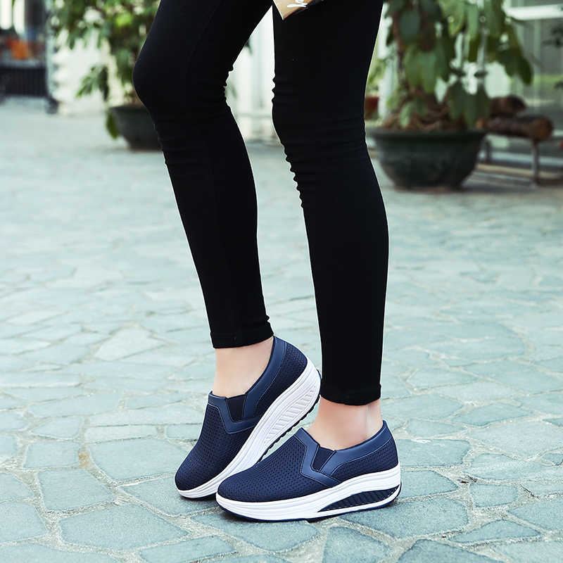 נשים של סניקרס פלטפורמת חיטוב טריז אור משקל Zapatillas ספורט נעלי לאישה לנשימה הרזיה כושר נדנדה נעליים