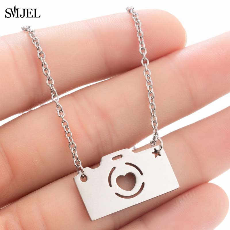 SMJEL Stainless Steel Camera Necklaces Women Vintage Geometric Mini Camera Pendant Necklace Men Jewelry Gifts