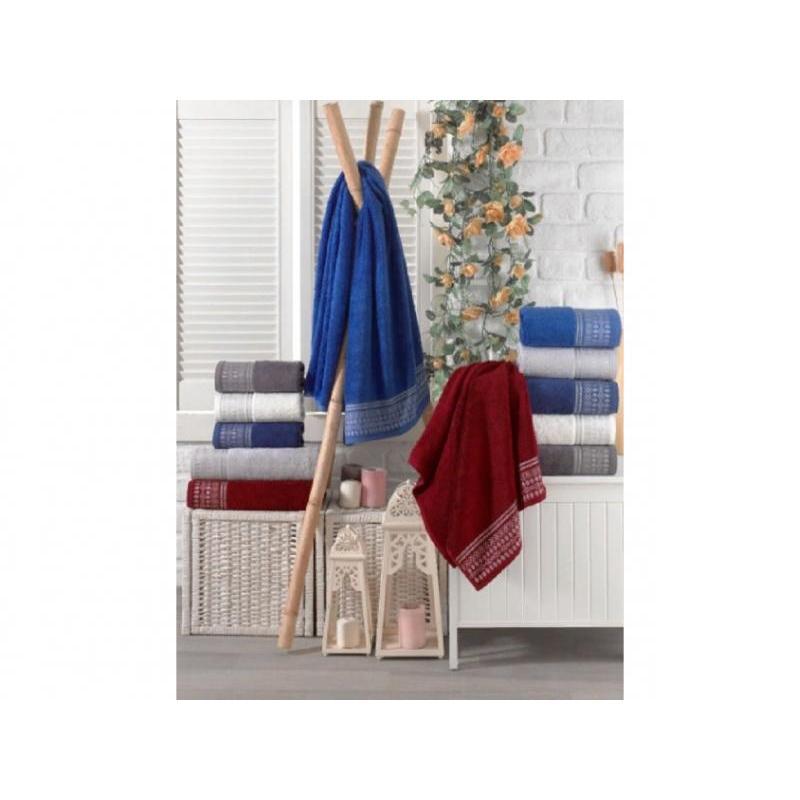 Towel DO & CO, ROYAL, 70*140 cm