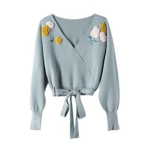 Image 3 - Dabuwawa Elegant Appliques V Neck Sweater Women Lantern Sleeve Sash Hem Tops Fashion Pullovers Sweaters Female DT1DJS017