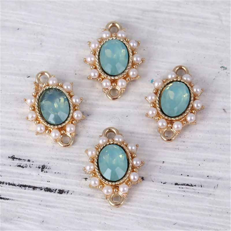 DoreenBeads Fashion Zinc Based Alloy Royal Connectors Oval Gold White Imitation Pearl Clear Rhinestone DIY Charm 17 X 13mm,2 PCs