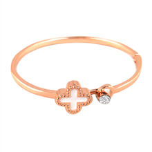 Hot Fashion New Exquisite Clover Bracelet Rose Gold Accessories Joker Wedding Bridal Couple Jewelry