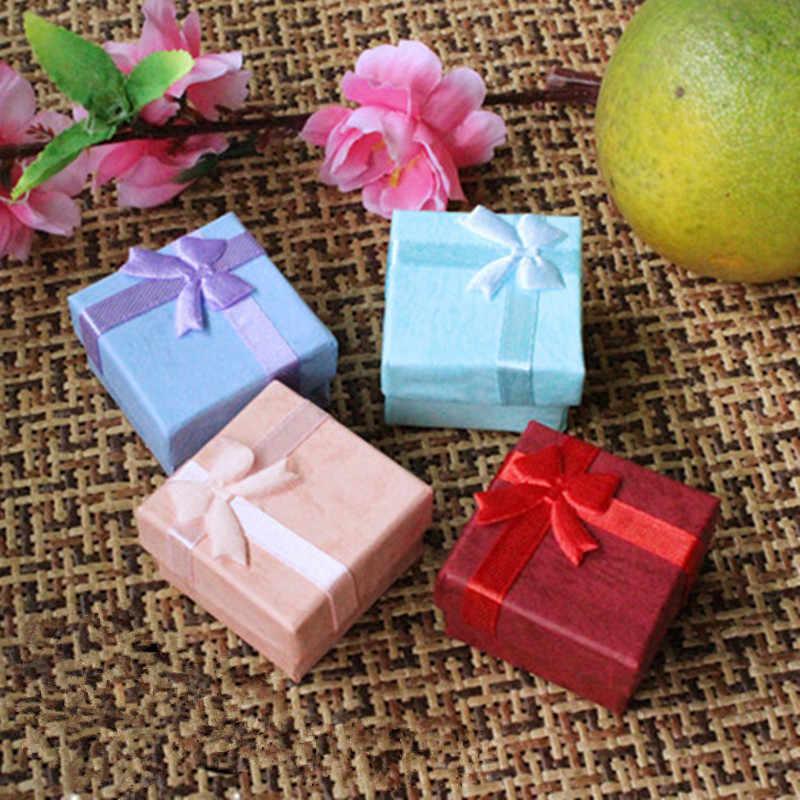 1 Uds. 4*4cm 4 Color pendiente de aro de joyería reloj collar pequeño cuadrado cartón presente caja de regalo caja de joyería