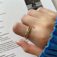 Женское кольцо из серебра 925 пробы с бамбуковыми вставками