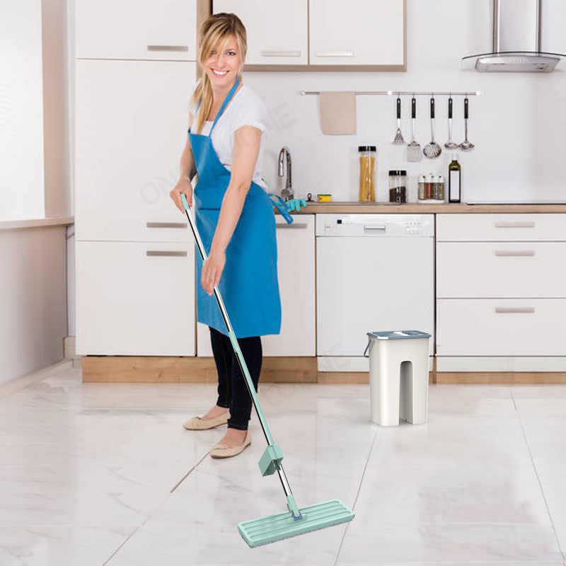 Free-Hand and 360 Degree Rotating Spin Mop with Microfiber Pad for Wet and dry Household Floor Cleaning