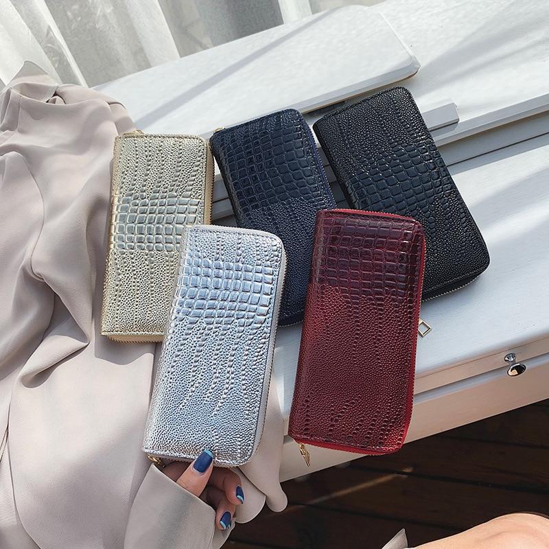 New Style Crocodile Pattern Pu WOMEN'S Wallet Fashion Luv Red Bao Bao Long Clutch Bag Women's Western Style Card Bit More Wallet