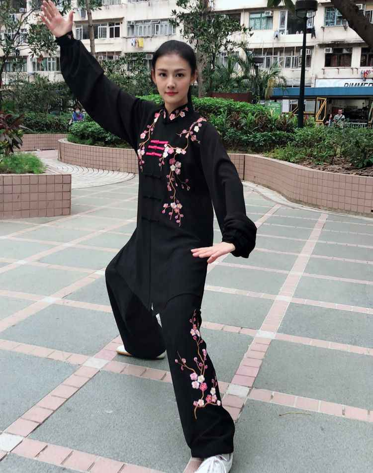 Customize Autumn&winter women embroidery plum blossom wushu kung fu uniforms Tai chi suits martial arts competition clothing