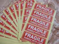 4000pcs, 76x25mm FRAGILE HANDLE WITH CARE Self-adhesive Shipping Label Sticker, Item No.SS16