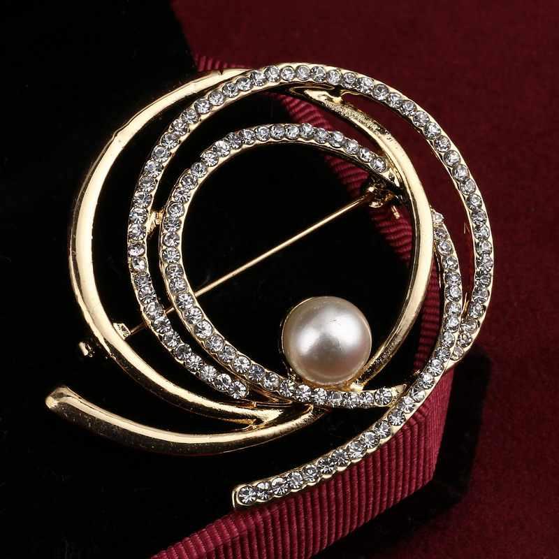 韓国スタイルクリスタルの花のブローチラインストーンエレガントな真珠のブローチピン夏ドレスアクセサリー良好な色ギフト
