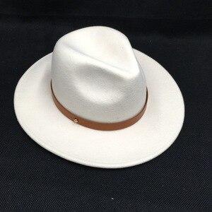 Image 2 - לבן צמר הרגיש כובעי נשים אלגנטי חגורת גזוז רחב ברים פדורה ליידי כנסיית חתונה כובע יהלומי כתר צמר הרגיש לבן מגבעות לבד