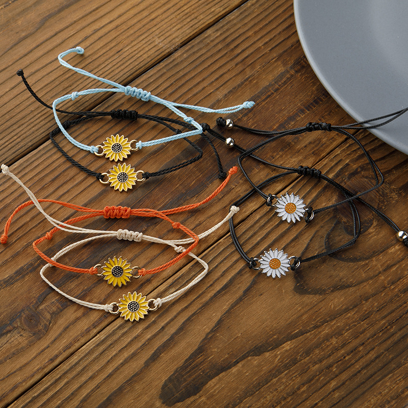 Women Adjustable Chrysanthemum Bracelet Sunflower Daisy Bracelets Sun flower Girls Hand Jewelry Gifts Ladies Accessories(China)