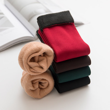 New Autumn and Winter Adult Warm Medium Tube Floor Socks Plush Thickening Men and Women Fashion Solid Color Snow socks Woman
