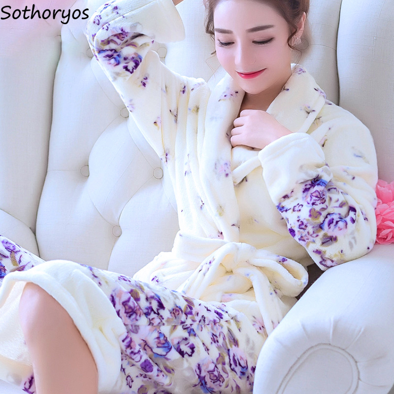 Robes Women Long Bathrobe Flower Flannel Warm Kimono Bath Bridal Wedding Bridesmaid Robe Dressing Gown Womens Nightwear 2020
