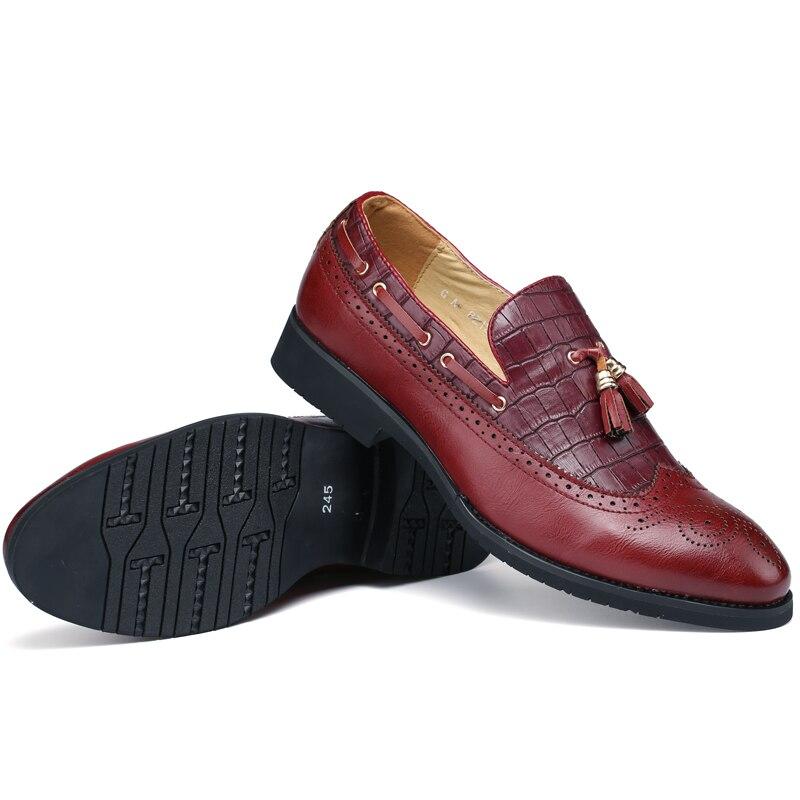 Nouveaux hommes chaussures habillées en cuir fendu de luxe mode marié chaussures de mariage hommes de luxe Style italien Oxford chaussures à la mode
