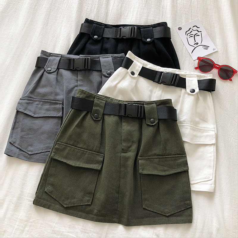 HELIAR Shorts Women 2020 Spring Cargo Shorts With Pockets Hot Shorts With Sashes Shorts Female Casual Highstreet Shorts Women