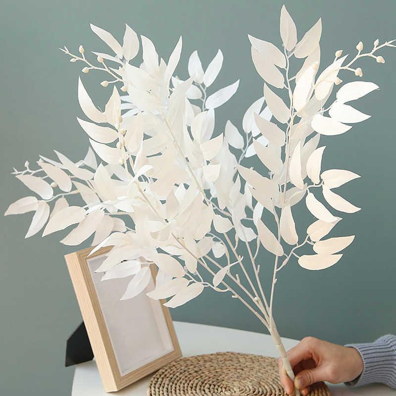 ประดิษฐ์ตกแต่งใบสาขาสีขาวสีเขียวสีแดง Eucalyptus ช่อดอกไม้ขนาดใหญ่สำหรับงานปาร์ตี้งานแต่งงานตกแต่ง