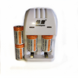 4pcs Original 3V 200mAh CR2 rechargeable battery 3V rechargeable lithium battery + CR2/CR123A universal smart charger
