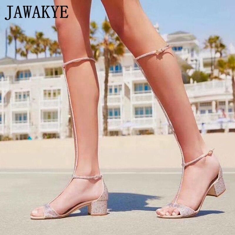 Летние блестящие сандалии с кристаллами; женская обувь до колена с Т образным ремешком; пикантные женские сандалии гладиаторы на высоком ка...