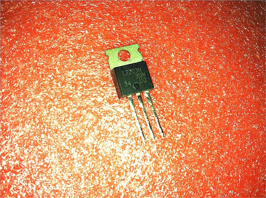 10pcs/lot IRL2203N IRL2203 TO220 TO-220 In Stock