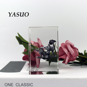 Image 4 - Figurine de la ligue de cristal des légendes populaires et gravure au Laser bloc de Souvenirs personnalisés pour cadeaux danniversaire
