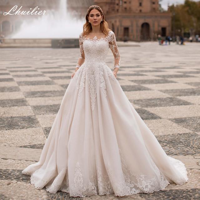 Lhuilier A-line Scoop Neck Beaded Wedding Dresses 2021 Lace Appliques Long Sleeves Court Train Floor Length Bridal Dress 1