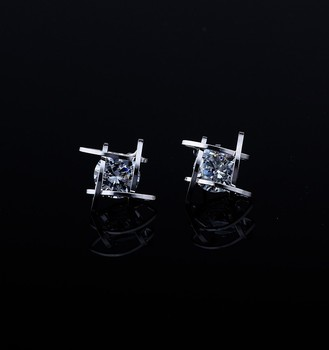 Women's earrings 2019 Europe and the new jewelry geometric hollow square triangle zircon earrings fashion banquet jewelry 2