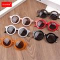 1pc Marke Baby Sonnenbrille Beliebte Kleinkind Kinder UV400 Rahmen Brille Outdoor Kinder Nette Mädchen Sommer Strand Urlaub Brillen Neue