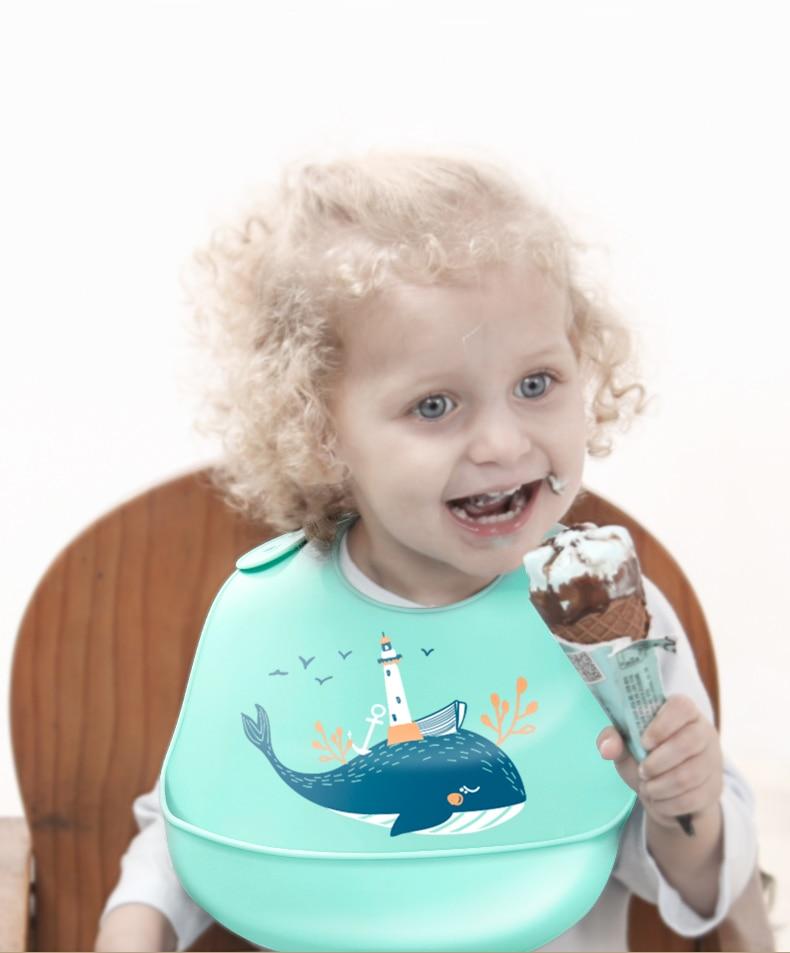 Newborn Adjustable Cartoon Aprons Baby Bibs