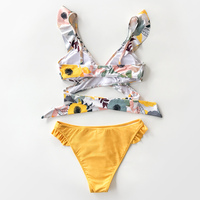 Vestido de baño bikini escote V wrap flores amarillo 4