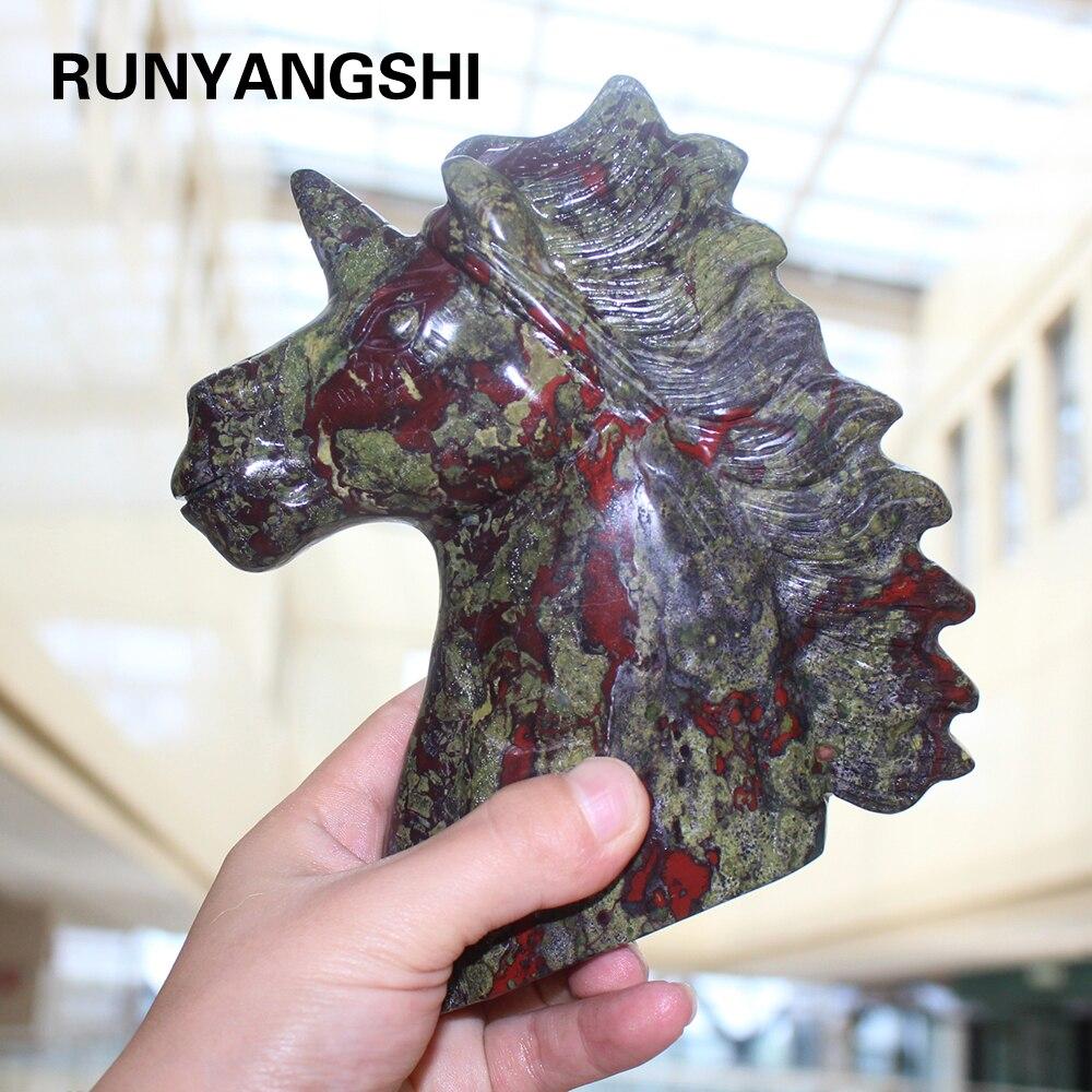 Hand gesneden natuurlijke quartz Dragon Blood Stone Crystal eenhoorn voor verkoop
