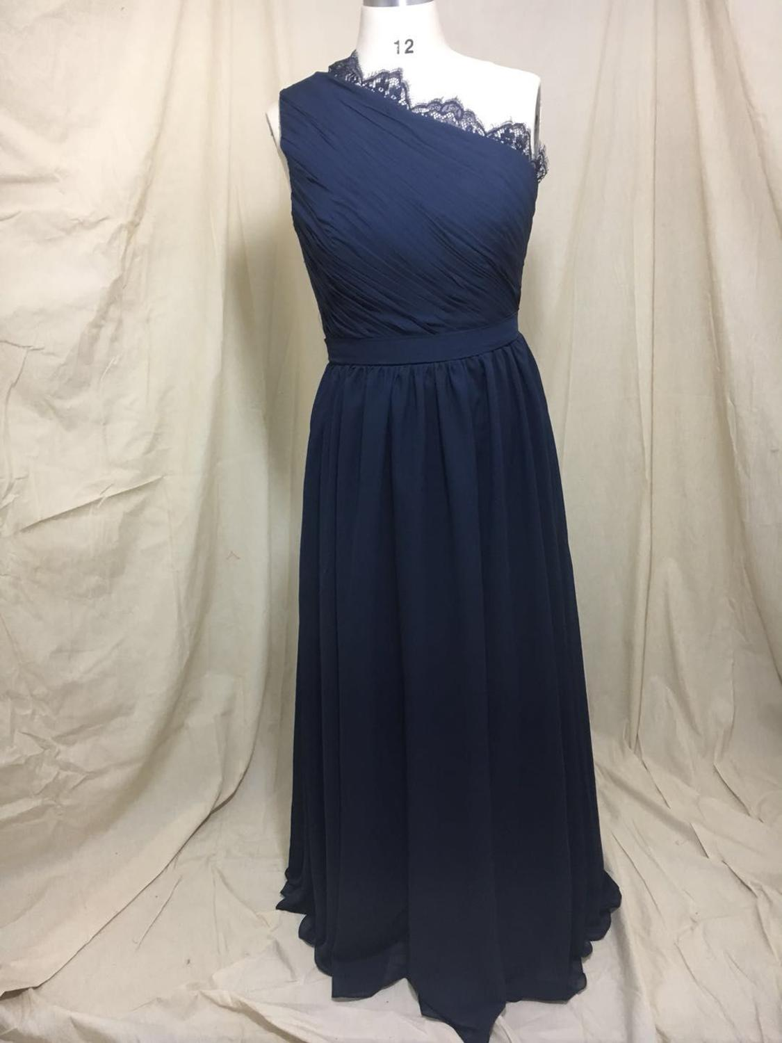 Vintage Women's A-Line Long Lace Bridesmaid Dresses with Pockets Chiffon One Shoulder Custom Made Formal Wedding Party Dresses