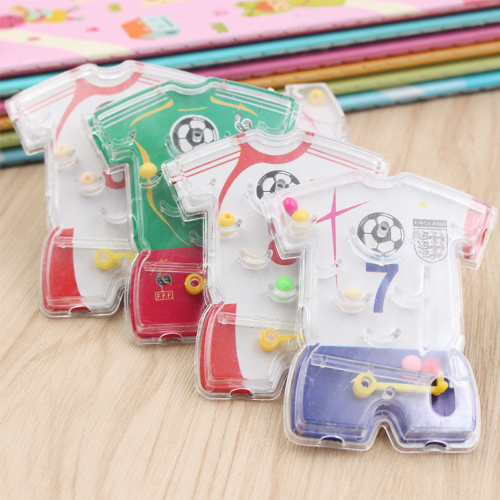 1pcs Children Party Toys Kids Happy Birthday Party Favor Football Wear Pin Ball Game Girl Boy Party Souvenir Present Random