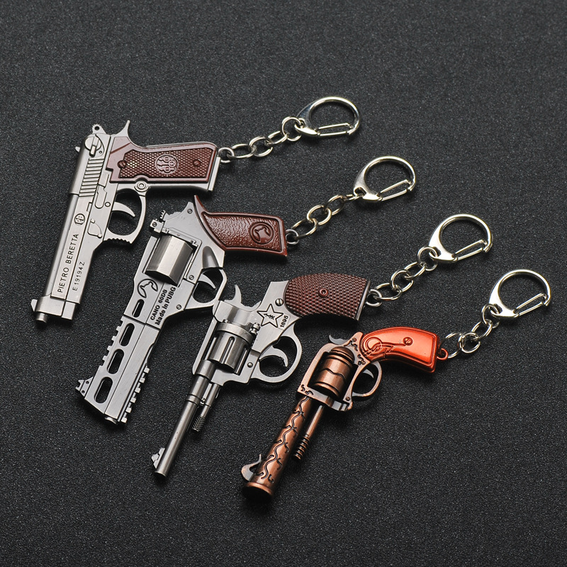 New 3D Gun Keychain Revolver Weapon Model Pistol Pendant Key Chain Men's Keyring Revolver Eat Chicken Game Men Women Keychain