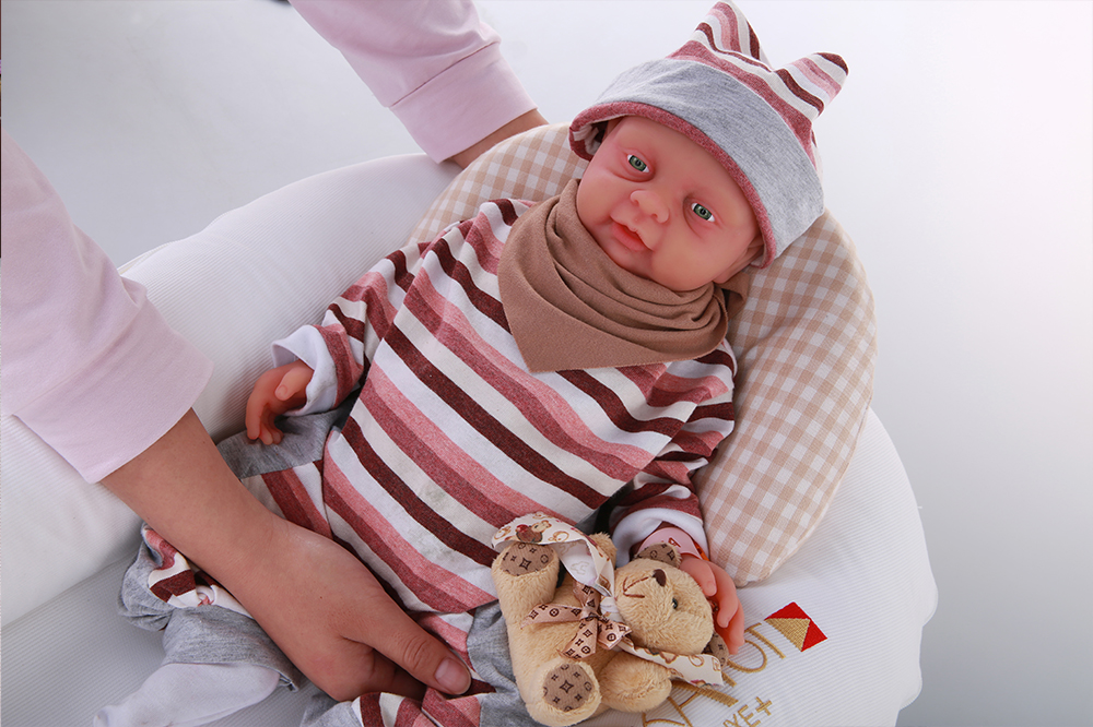 IVITA 18/'/' Soft Silicone Reborn Baby Doll Boy Can Take Pacifier Toy Xmas Gift
