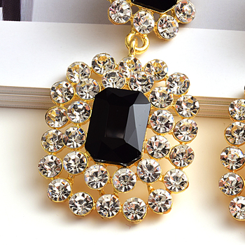 Luxury Crystals High-quality Stone Studded geometric Drop Earrings 5