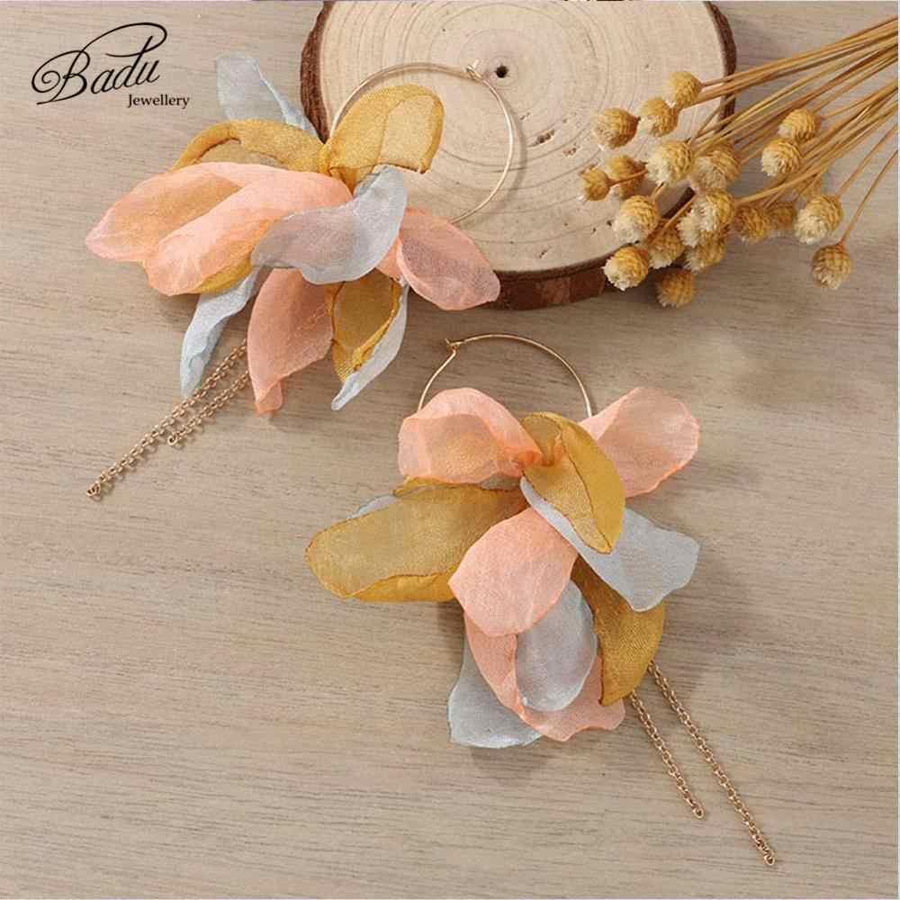 Badu Handgemachte Garn Blume Ohrringe Goldene Runde Hoop Lange Kette Quaste Ohrringe für Frauen Nette Reizende Urlaub Schmuck Großhandel