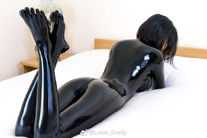 LATEX CATSUIT WITH TOES GLOVES  NECK ENTRY LATEX UNITARD NO ZIP